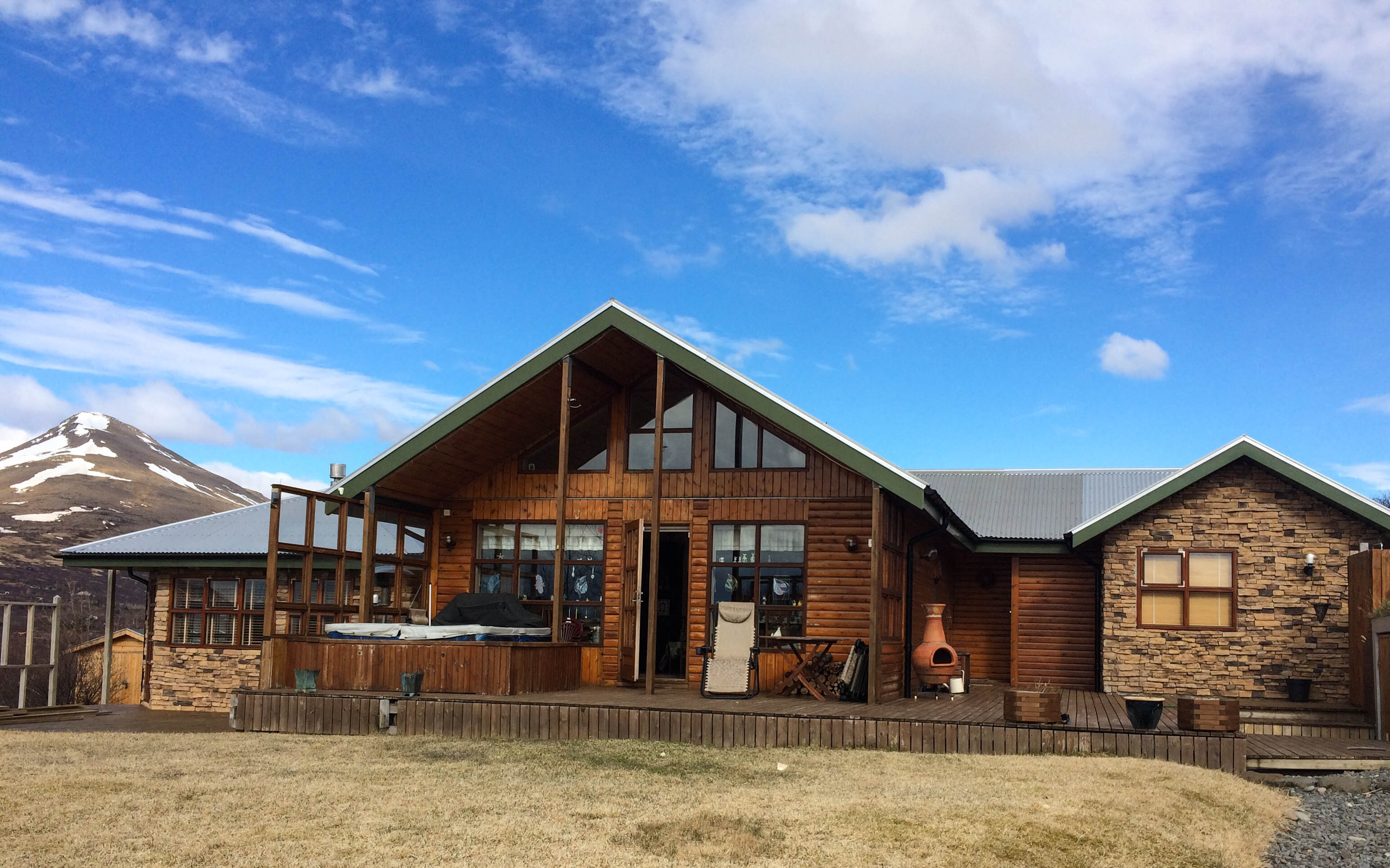 Iceland Culture: The Summerhouse